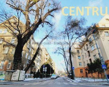 garsónka GAJOVA - CENTRUM - staré mesto !!  zariadený, ihneď voľný - AKTUÁLNA
