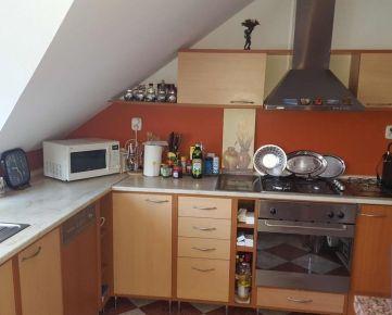 --PBS-- ++TOP CENA++ Dvojpodlažný rodinný dom s GARÁŽOU a pozemkom o výmere 325 m2, Trnava - Spiegelsaal