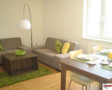 2 izb. byt v uzavretom areáli s parkovacím miestom, zariadený