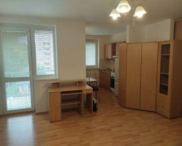 Rezervované!Na prenájom jednoizbový byt s balkónom dúhové bývanie Nitra - Čermáň