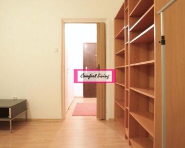COMFORT LIVING ponúka - Útulný 1 izbový byt v Ružinove - bytový dom po rekonštrukcii: stúpačky, zateplenie, výťah, vchody, nové schránky