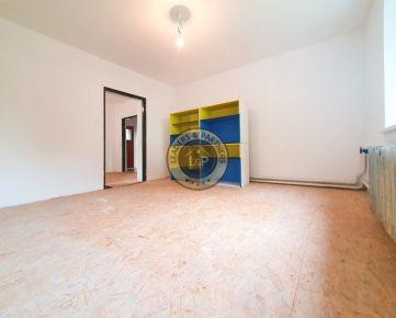 2 izbový Rodinný dom na predaj - Považský Chlmec
