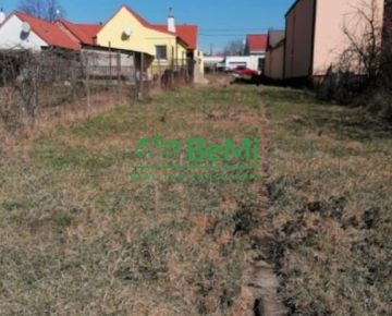 Pozemok s projektom RD v meste Trnava