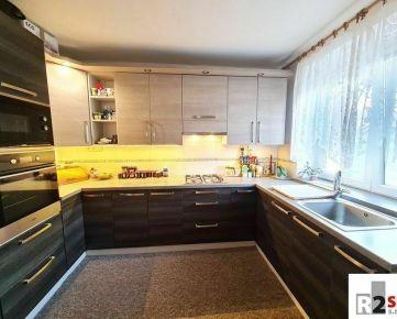 Predáme 2 - izbový byt, Žilina - širšie centrum, R2 SK.