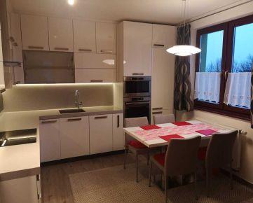Prenajmem novostavbu 2 izbového bytu v Poprade v centre mesta