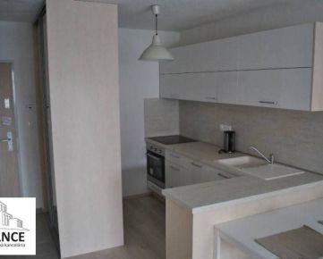 Prenájom 2 izbový byt, Bratislava - Petržalka, Muchovo námestie
