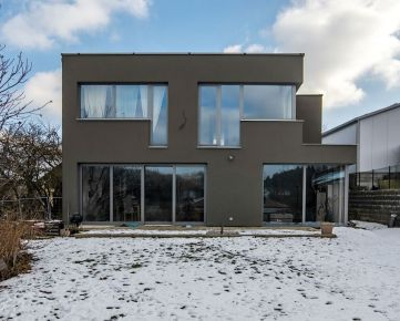 Exkluzívna ponuka rodinného domu v Lietavskej Lúčke