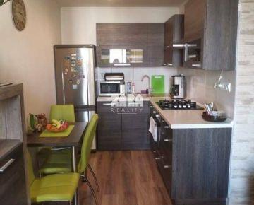 Veľmi pekný 1,5- izbový byt, ul. Lesnícka, 40 m², 7/7 posch.,