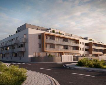 Sunnyhome.sk - 4 izbový byt - 2x záhradka s terasou - ŠTANDARD/PARKING