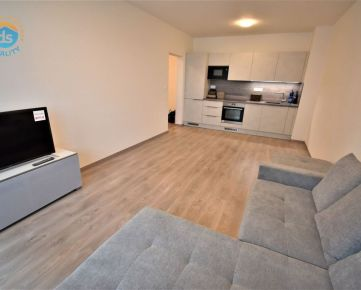 Na prenájom 2 izbový byt s lodžiou v novostavbe+park.miesto, 48 m2, Trenčín, ul. Zlatovská