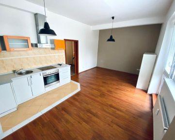 2 - izbový byt na Veľkomoravskej ulici