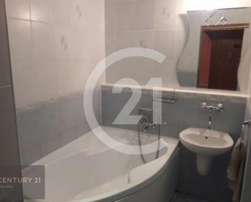 Prenájom 3 izbový byt Nitra, Zvolenská, 3 samostatné izby