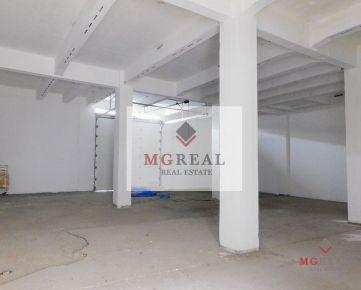 Na prenájom 380 m² sklad v priemyselnej zóne Trnavy