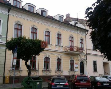 Adm. budova 2-posch. 560 m2, centrum B. Bystrica