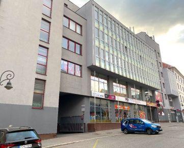 Kancelarske priestory v centre BB s Parkovanim a Optickým internetom