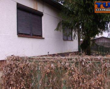 REZERVOVANÉ!!!Na predaj rodinný dom 170 m2 na pozemku 2896 m2, Čaka, Levice. CENA: 17 200,00 EUR