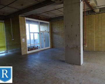 IMPREAL »»» Petržalka »» 370m2 klasického obchodno-výrobného priestoru na terase zrekonštruovaného panelového domu oproti Inchebe a Auparku » cena 219.000,- EUR
