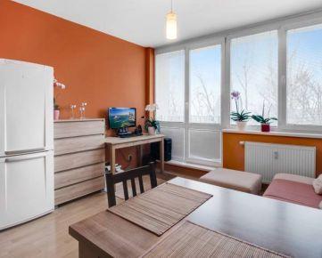 Podunajské biskupice - Exkluzívne na predaj 2 izbový zariadený byt