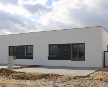 4-izbová novostavba rodinného domu v Malých Levároch