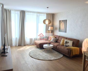Predaj luxusného 2 - izbového bytu v Zuckermandeli v Starom Meste