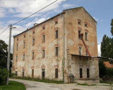 Na predaj pôvodný vodný mlyn v Nitre, časť Dolné Krškany