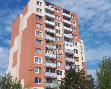 Rezervovaný - priestranný 1 izbový byt s balkónom - Trnava