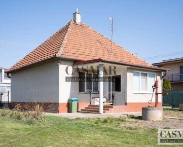 CASMAR RK - predaj starší zdravý RD na pozemku 409m2 v obci Cífer
