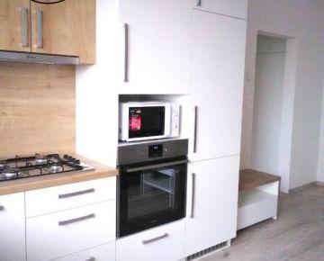 Na prenájom 2 – izbový byt, Ipeľská ul. , Bratislava II