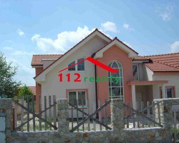 112reality -  Na prenájom 8 izbový rodinný dom s garážou pre 3 autá a záhradou, vhodné ako rezidencia, ZÁHORSKÁ BYSTRICA