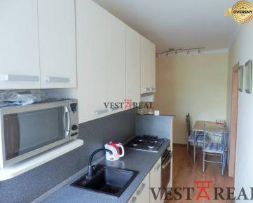 Na predaj zrekonštruovaný 3 izbový byt s balkónom, Trnava, Hospodárska