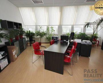 PRENÁJOM kancelárie v lukratívnej časti Petržalky, blízko centra