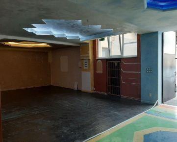 Nebytové priestory 346 m2 5 x parking ul.Gen.M.R. Štefánika Trenčín