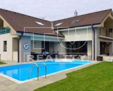 NA-PREDAJ-MODERNE riešený, PRAKTICKÝ 6 izbový rodinný DOM s BAZÉNOM, Viničné, 600 m2 CENA: 360 000,00 EUR