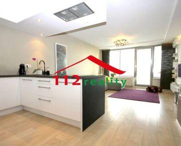 112reality - Na prenájom nadštandardný 3 izbový byt, balkón, garážové státie, novostavba 3.Veže