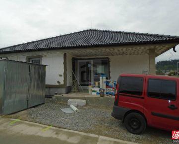 Direct Real - Novučký bungalov v krásnom prostredí pod Lietavským hradom