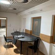 Kancelárie, administratívne priestory 30m2, kompletná rekonštrukcia