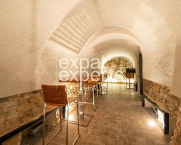 REZERVOVANÉ Vináreň v centre, 85 m2