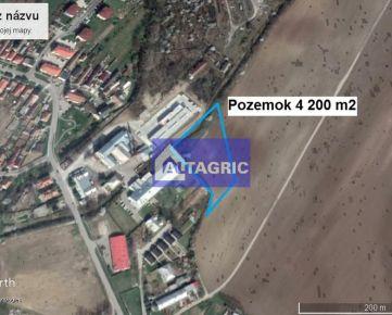 2898-J - Pozemok 4 200 m2 vo Vlčkovciach, na predaj len za 15,- EUR/m2