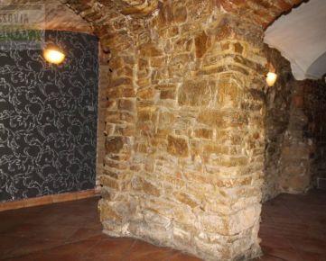 Reštaurácia, vináreň či soľná jaskyňa, prenájom, Hlavná, Prešov