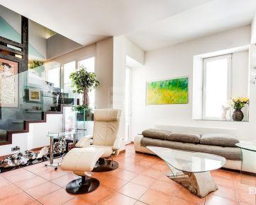 BEZRUČOVA - Luxusný 3-podlažný byt v susedstve Modrého kostolíka