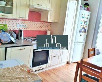 Slnečný 3-izbový byt v Petržalke na Furdekovej ul.