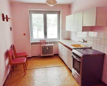 Predaj: 2izbový byt s balkónom , pôvodý stav, Martin - Priekopa 63m2