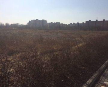 Predaj stavebného pozemku 5.000 m2 na šport a voľný čas pri Dolnozemskej ceste v Petržalke  /možnosť prikúpenia ďalších pozemkov/