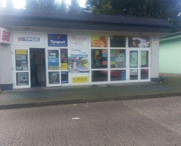 Prenajmeme komerčný priestor pri autobusovej stanici vhodný pre služby, prípadne ako kancelársky priestor