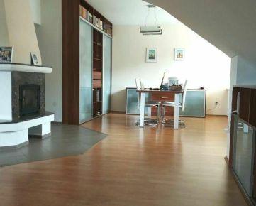 Predáme podkrovný byt 3+kk, Žilina - Hliny 8, R2 SK.