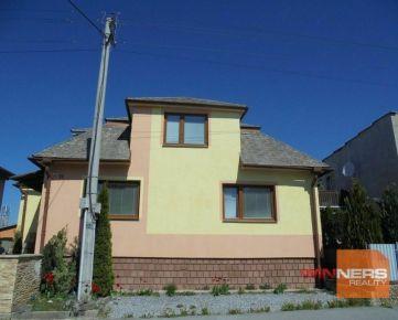 Ponúkame do dlhodobého prenájmu rodinný dom-priestor na prízemí na ul. Kukučínova v PO