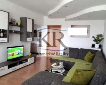Zrekonštruovaný 3 izbový byt v centre Serede na predaj