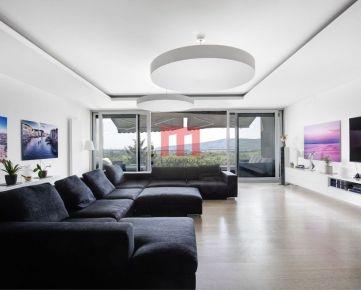 Na predaj výnimočný 6 izbový byt s krásnym výhľadom na Karloveské rameno - CONDOMINIUM RENAISSANCE