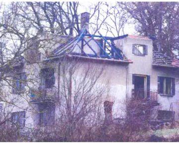 VÝBORNÁ LOKALITA - Rodinný dom predaj POLTÁR s pozemkom 2213 m2