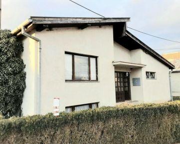 TOP PONUKA VYHODNE Na predaj 5-izb. rodinný dom, obkolesený krásnou prírodou, Veľká Ves nad Ipľom, 1131m2. CENA: 63 000,00 EUR